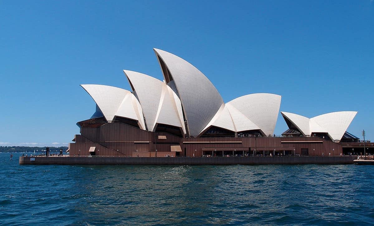 Sim Úc
